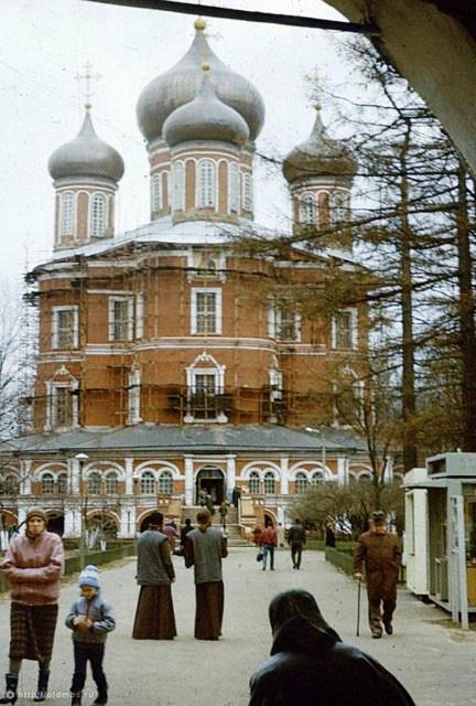 Большой Донской собор. Западный вход. 1991 год