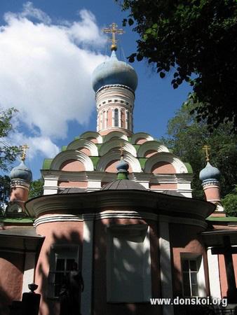 Малый собор Донского монастыря. Вид с алтаря. 2011 год