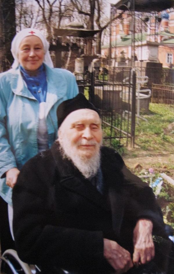 Одна из самых последних фотографий батюшки Александра Киселева