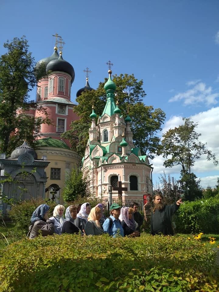 Социальная экскурсия в Донском монастыре