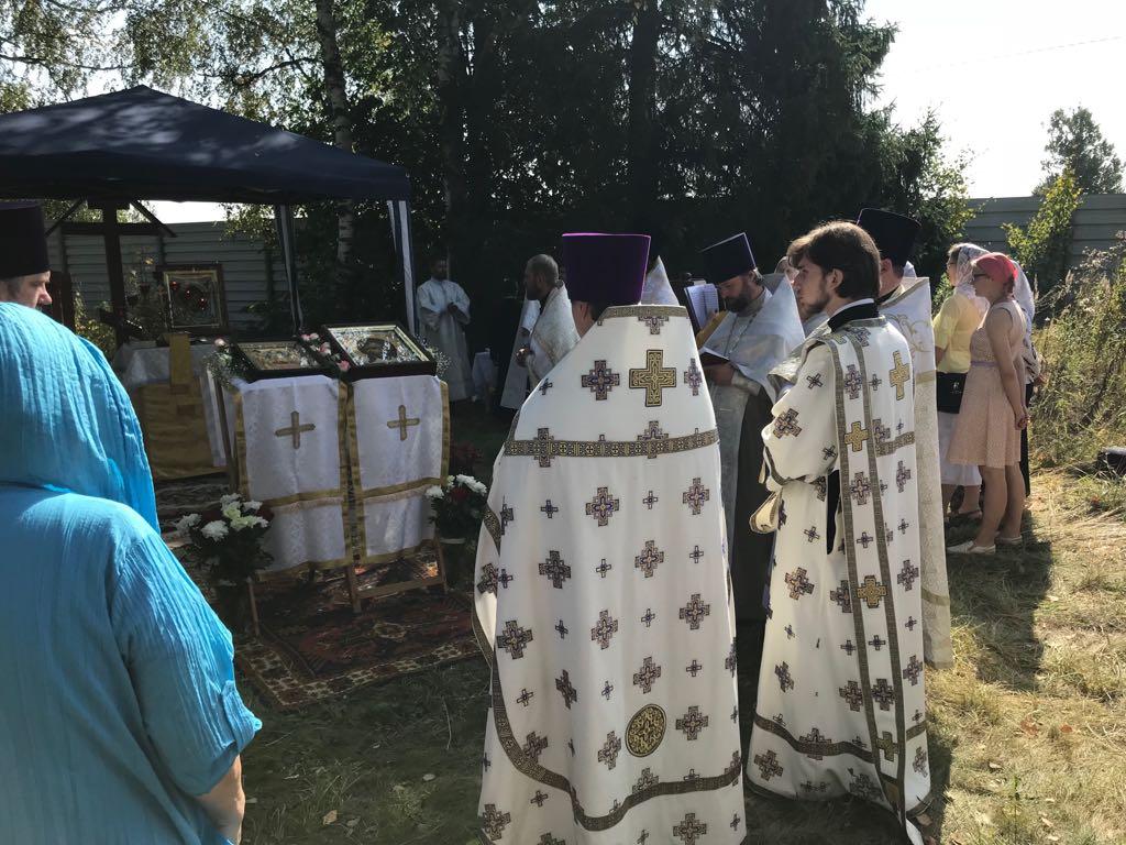 Крестный ход на подворье Донского монастыря