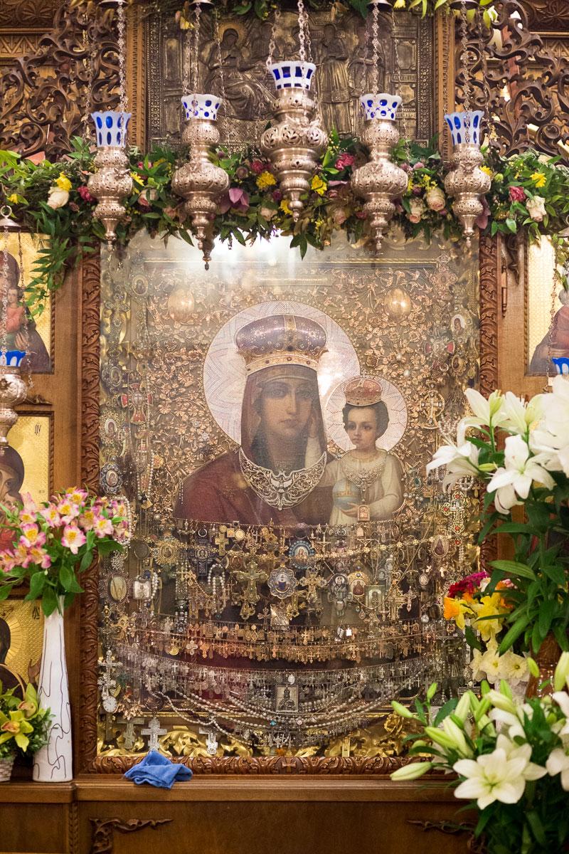 Чудотворная икона Божией Матери «Призри на смирение»